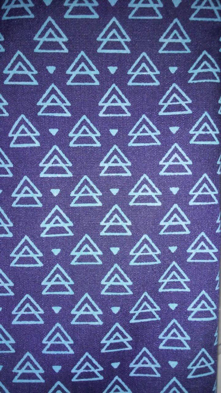 Marinho Triângulos Social
